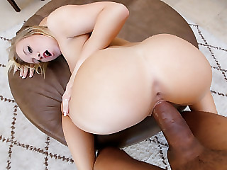 Alluring blonde stepsis Bailey Brooke gets her tight snatch fucked
